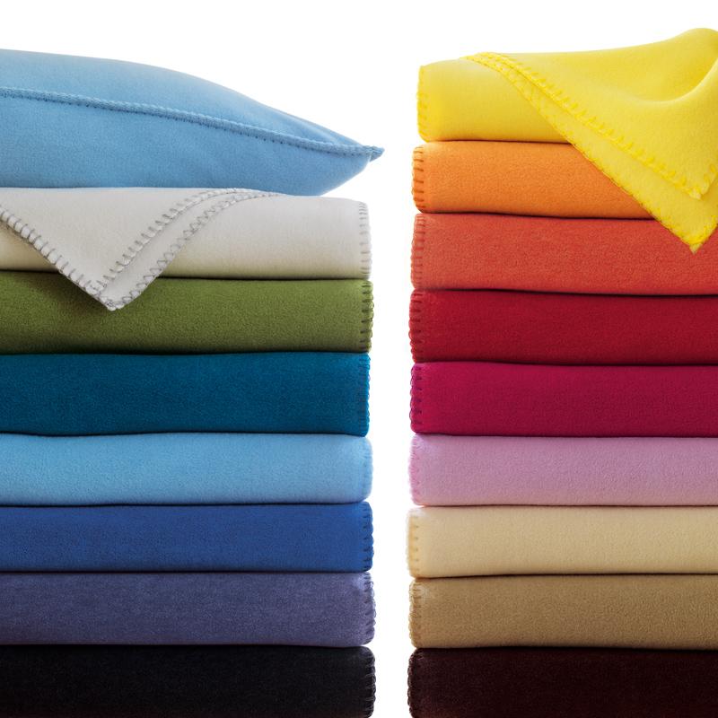 soft fleece decke zoeppritz 160 200 cm aus dem fachgesch ft. Black Bedroom Furniture Sets. Home Design Ideas